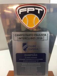 Troféu pelos 10 títulos pelo Campeonato Paulista Interclubes 2016